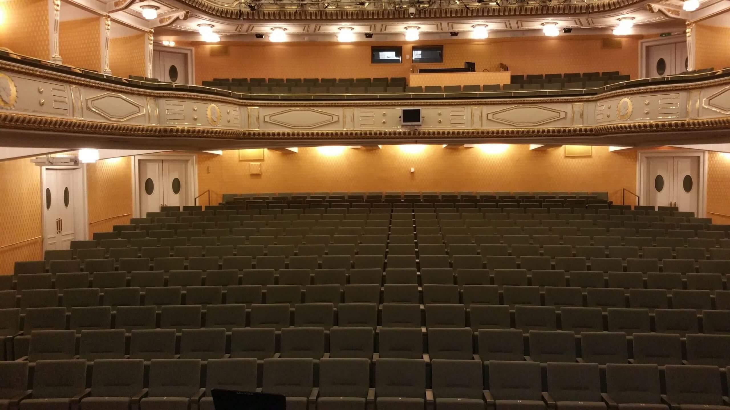 Stadttheater-Klagenfurt-Theaterbestuhlung